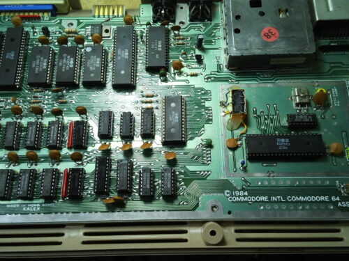 Building a Commodore 64 testboard, chips desoldering tips
